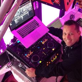 DJ Live Senior DJ